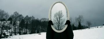cropped-esercizi-di-filosofia-da-fare-allo-specchio-l-yoa4d4